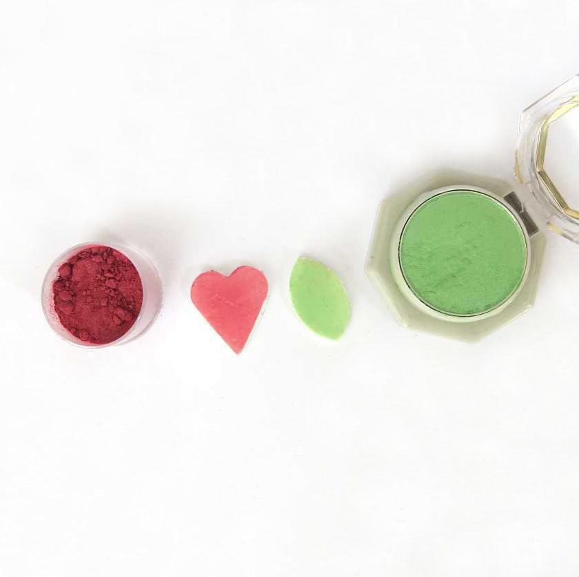 Colorazione pasta sintetica ombretti