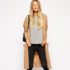 AUTUMN CHILLS CALL FOR A LONGLINE CARDIGAN