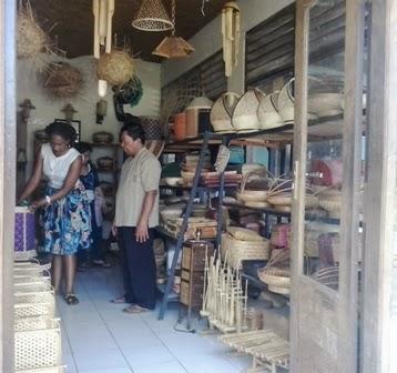 Kunjungan Posdaya Kerajinan Bambu dari Negara-negara Asia-Afrika