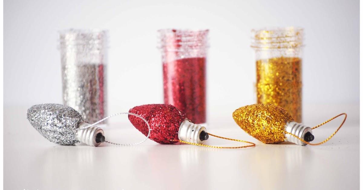 El m n petit de la pluja diy bolas de navidad con bombillas - Velas de adorno ...