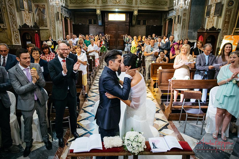 bacio sposi just married