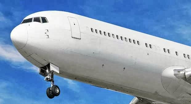 4 Nama Maskapai Penerbangan Teraneh di Dunia