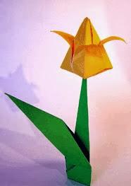 http://www.origami-fun.com/origami-tulip.html