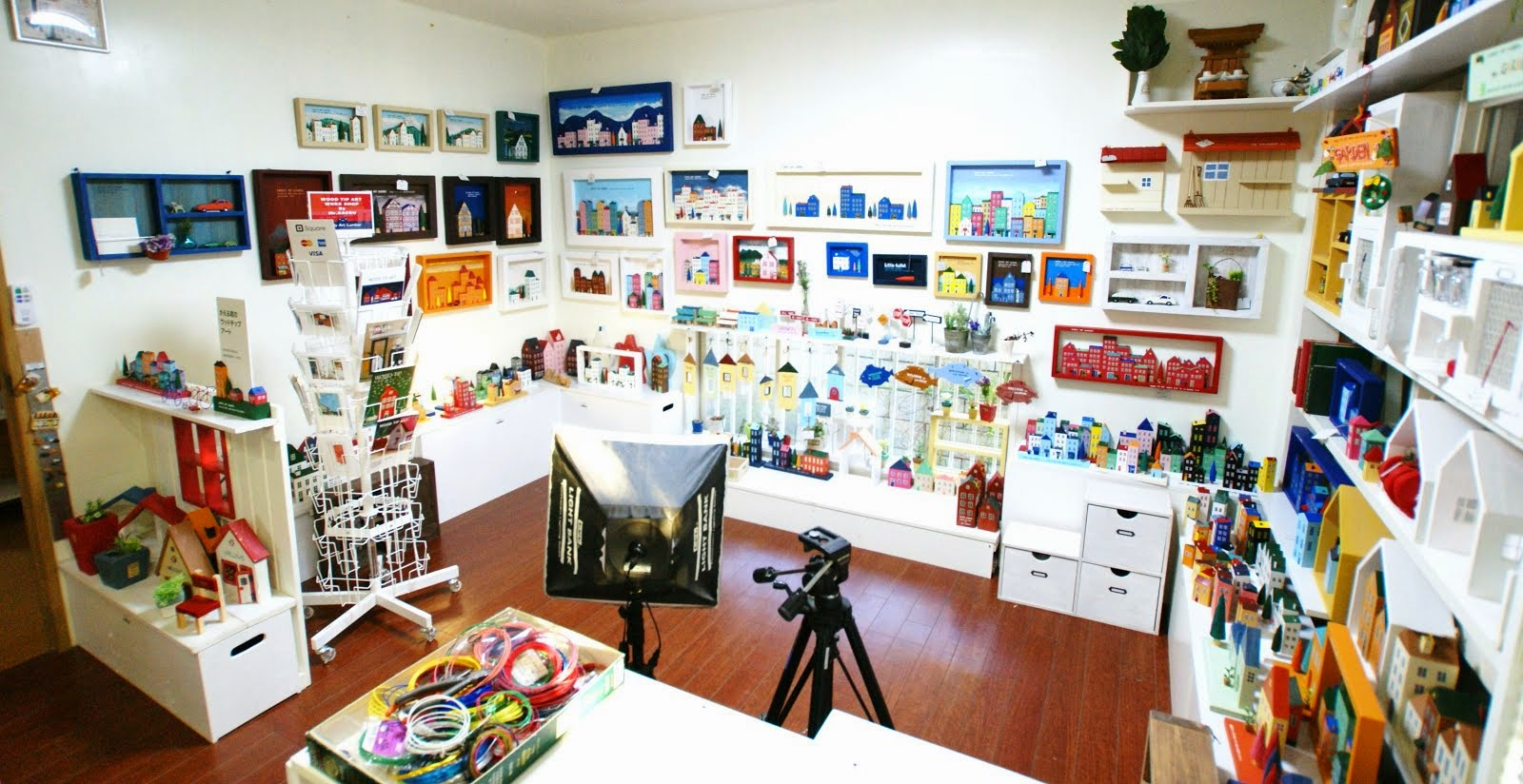 ギャラリーで実物を見学でき、ご購入もできます。