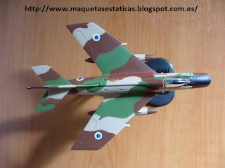 maqueta avión Dassault Super Mystère B.2 de Italeri 1/100
