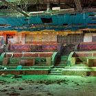 Жизнь после смерти: руины былой роскоши ночных клубов в фотографиях