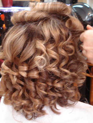 Khubsurat beauty tips how to do a perm yourself at home permanent wave is known as a perm is a chemical hair treatment that can be used to straighten or add curl and body to your hair every perm has two parts solutioingenieria Choice Image