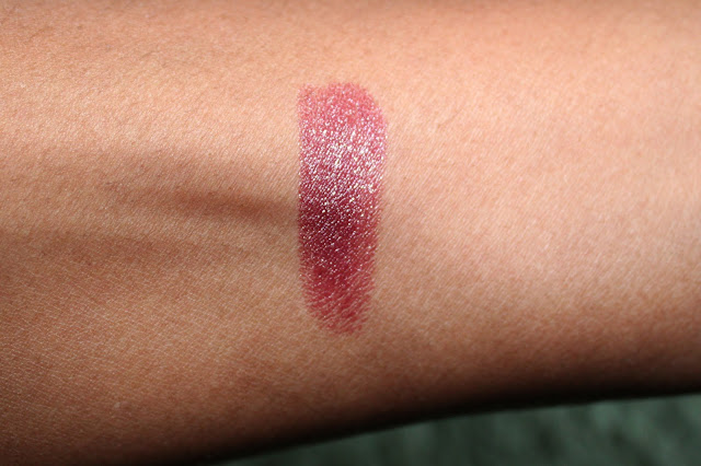 RIMMEL STARRY EYE LASTING FINISH LIPSTICK