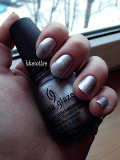 China Glaze nr 696 - Devotion