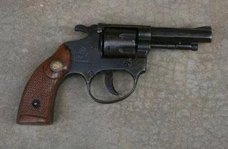 Em Pedra Lavrada 9º BPM prende homem portando arma de fogo