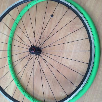 ruedas tannus tires antipinchazos