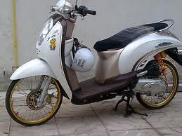 modif motor honda scoopy Racing Look Style Honda modifikasi thailand