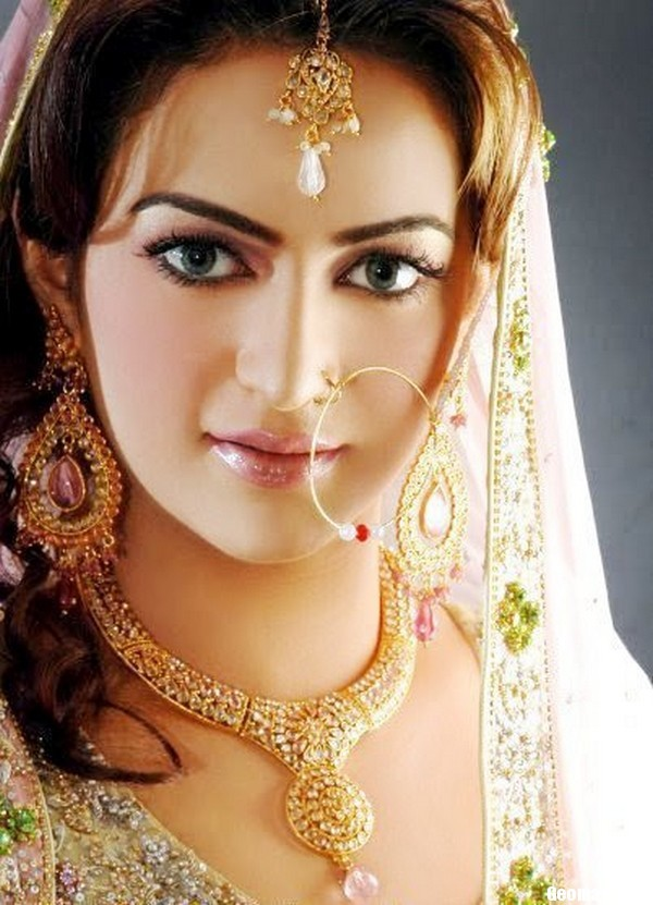 Indian Bridal Nose Ring Designs   Wallpapers  Pictures  Fashion