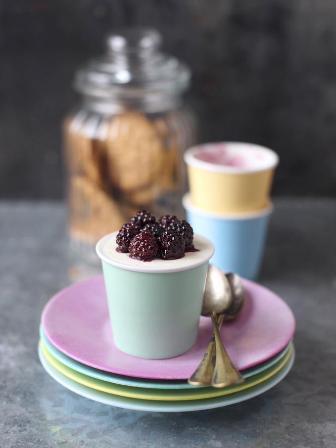 appledrane: Blackberry cheesecake mini-pots
