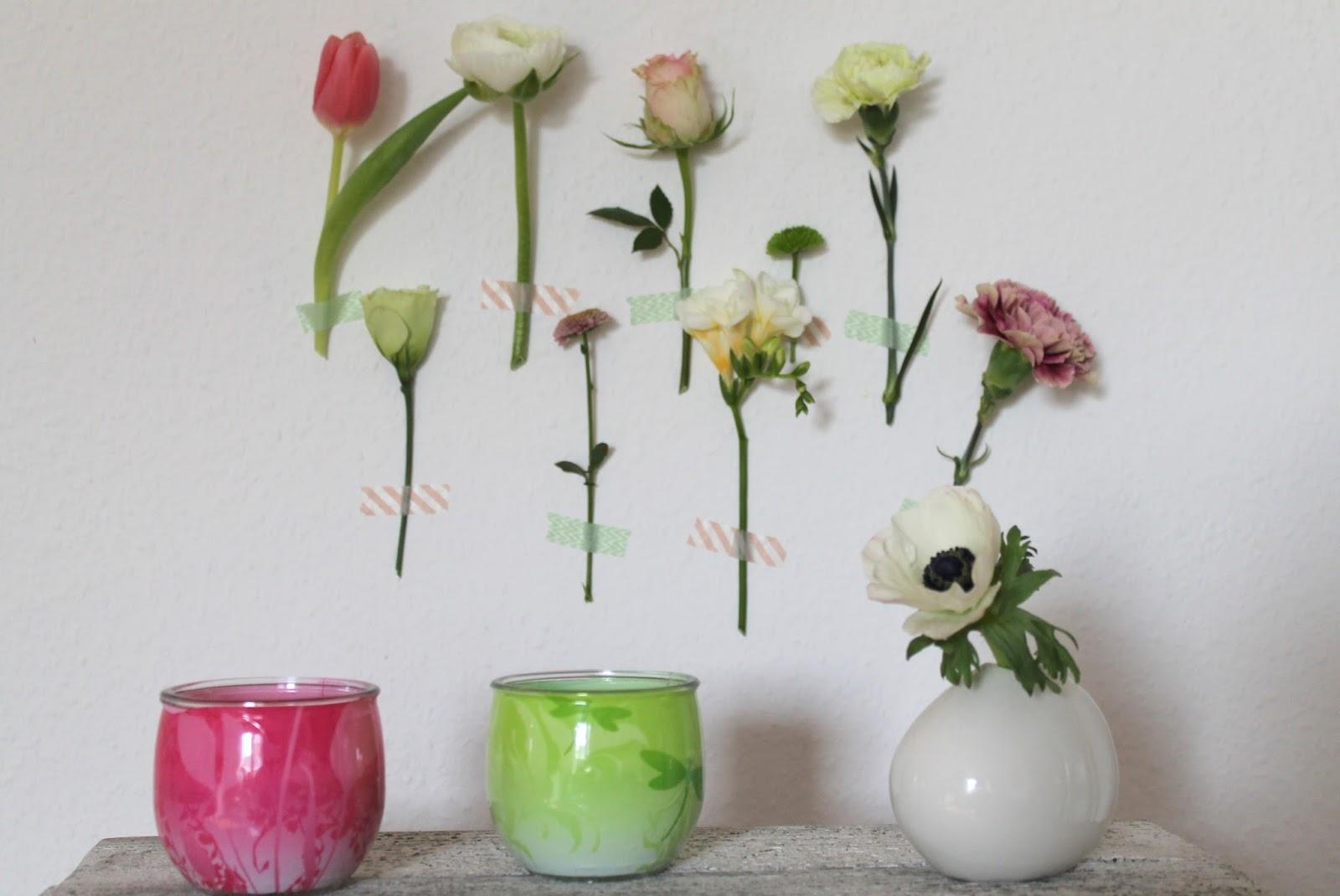 Glade Duftkerzen Fruehling Blumenwand