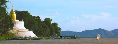 Bupaya Pagoda and Irrawaddy