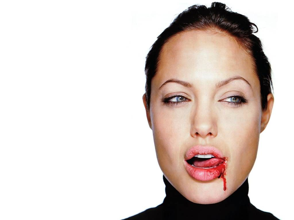 Hollywood: Angelina Jo... Angelina Jolie