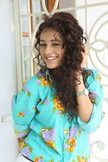 Seerat Kapoor Latest Stills (28).jpg