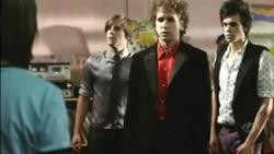 Julie e os Fantasmas - 1ª Temporada - Dublado HDTV
