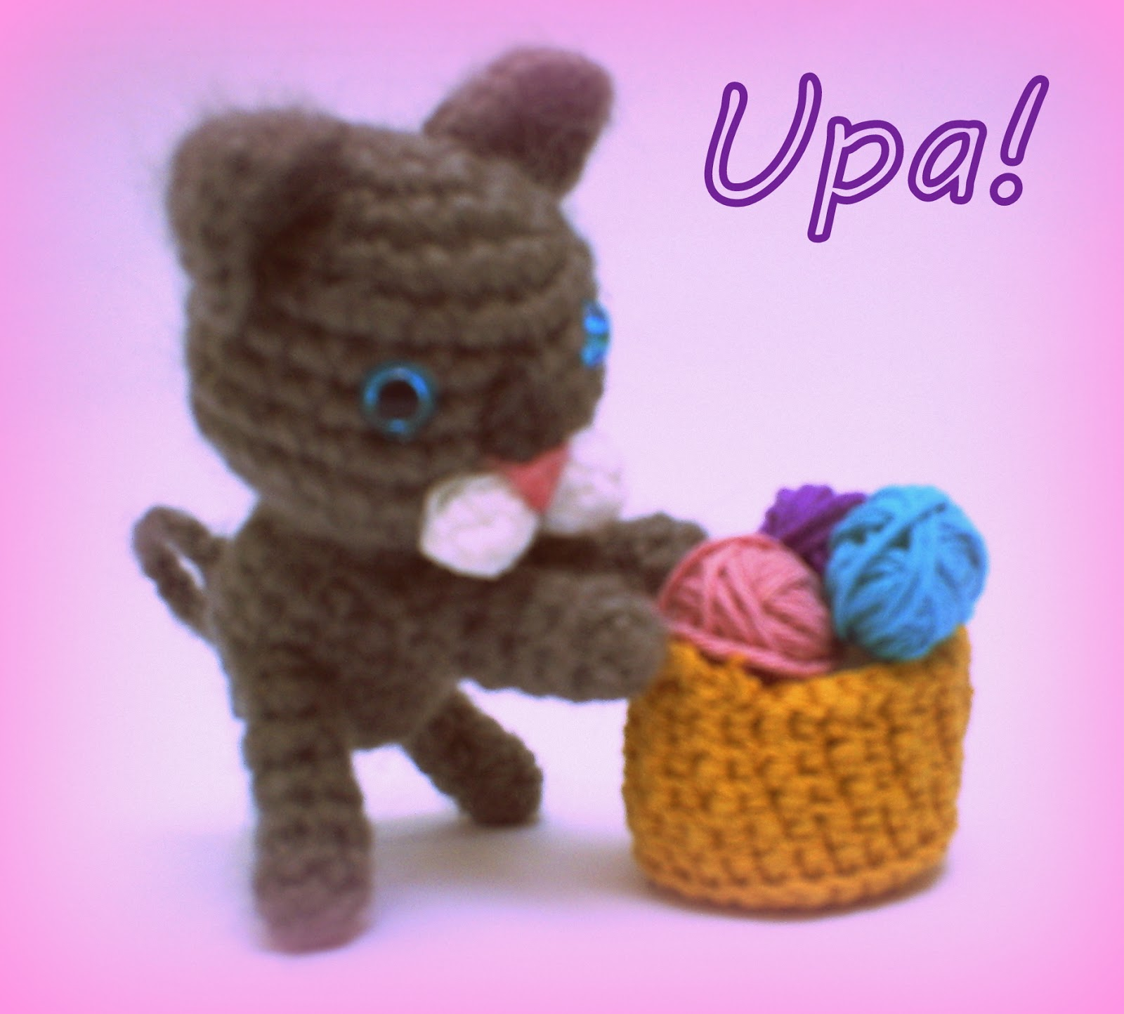 Free Crochet Cat Keychain Pattern : Upa! Mi Gurrum?n: Little cat keychain amigurumi free pattern