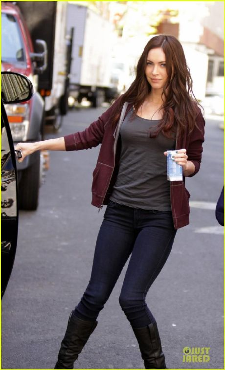 Megan Fox se deja ver en el rodaje de Teenage Mutant Ninja Turtles