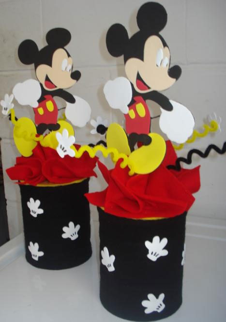 Decoración YMM: Piñata Mini y Mickey Mouse