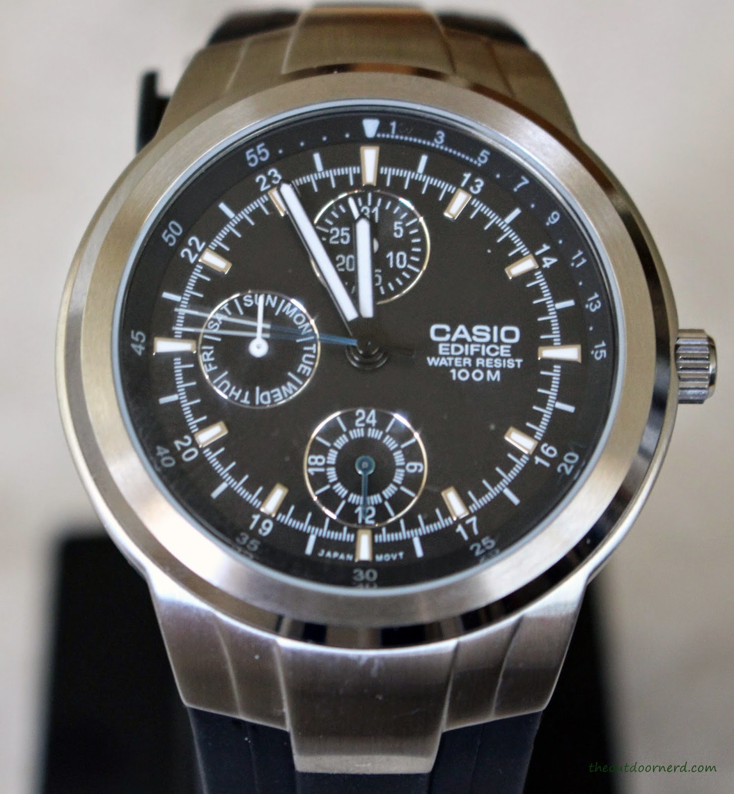 Casio Men's EF305-1AV Edifice Dial Closeup