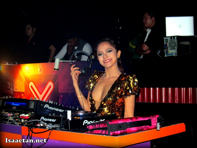 DJ Yasmin posing for yours truly from her DJ deck