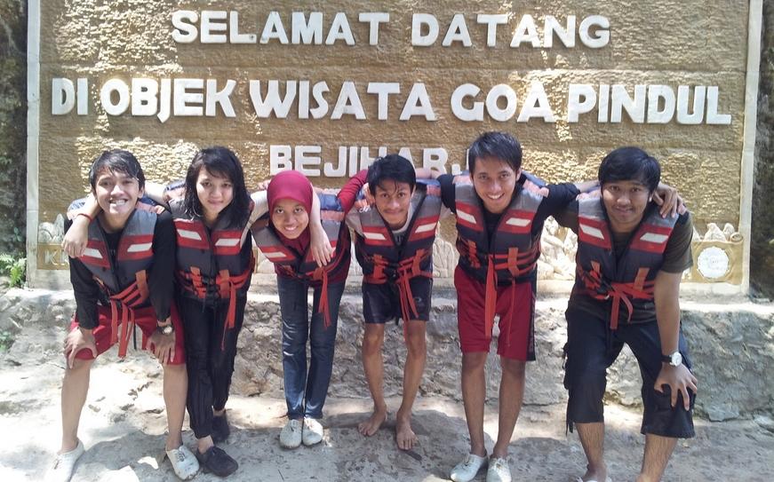 Cerkak Bahasa Jawa Pengalaman Pribadi Liburan ke Yogyakarta
