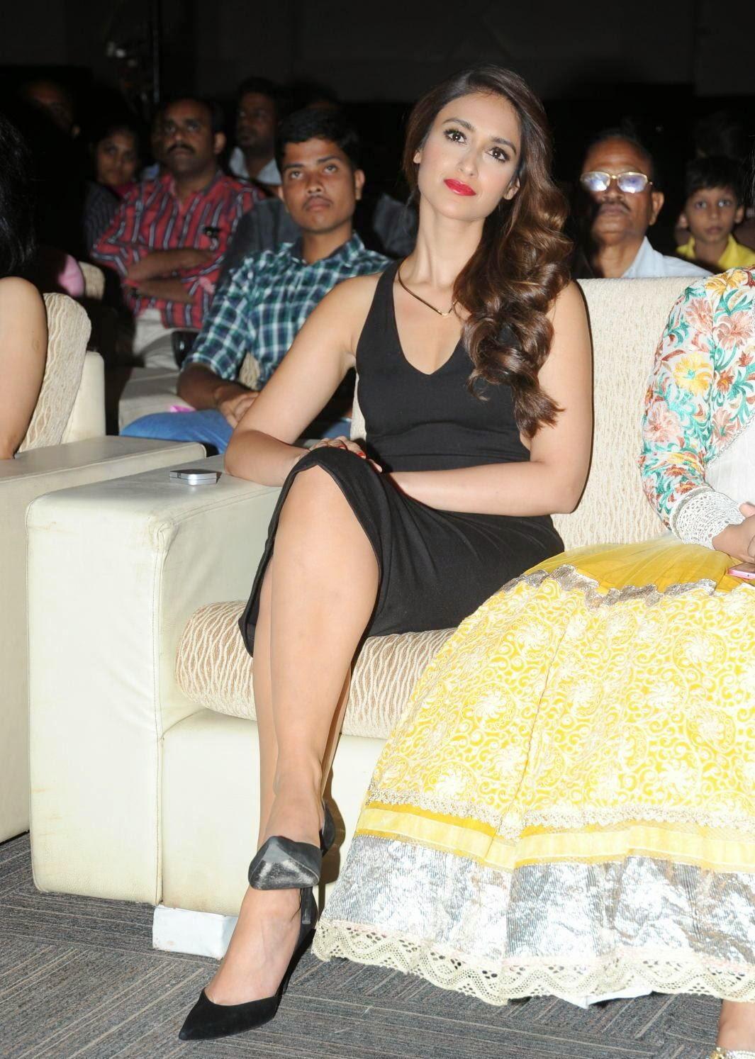 Ileana Looks Sizzling in Tight Black Dress @ Lakshmi Raave Maa Intiki audio Launch