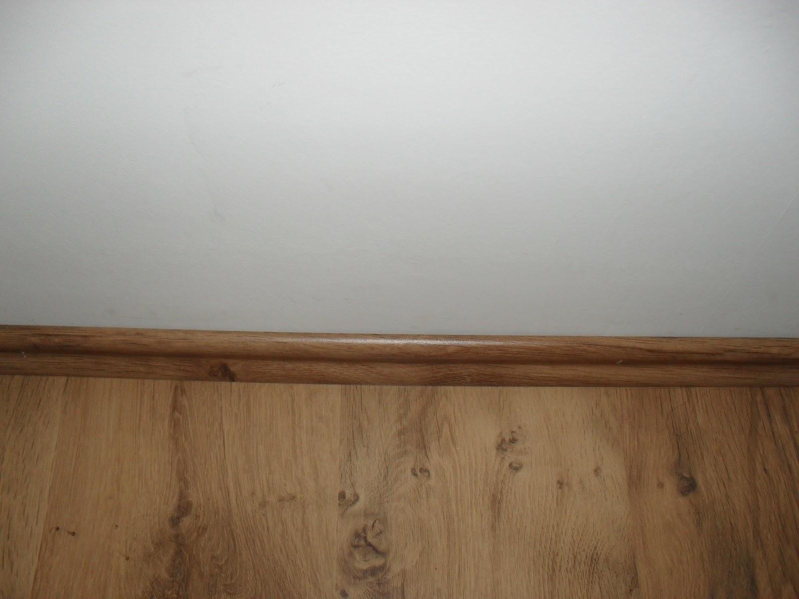 Plinten laminaat elegant achterlat in bijpassende kleur with