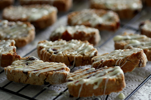 Wholemeal Cranberry, Pistachio and White Chocolate Biscotti for The ...