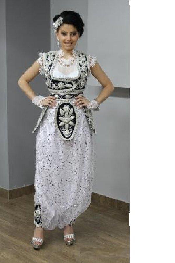 modelet me te reja te fustanave elegant,fistona elegant