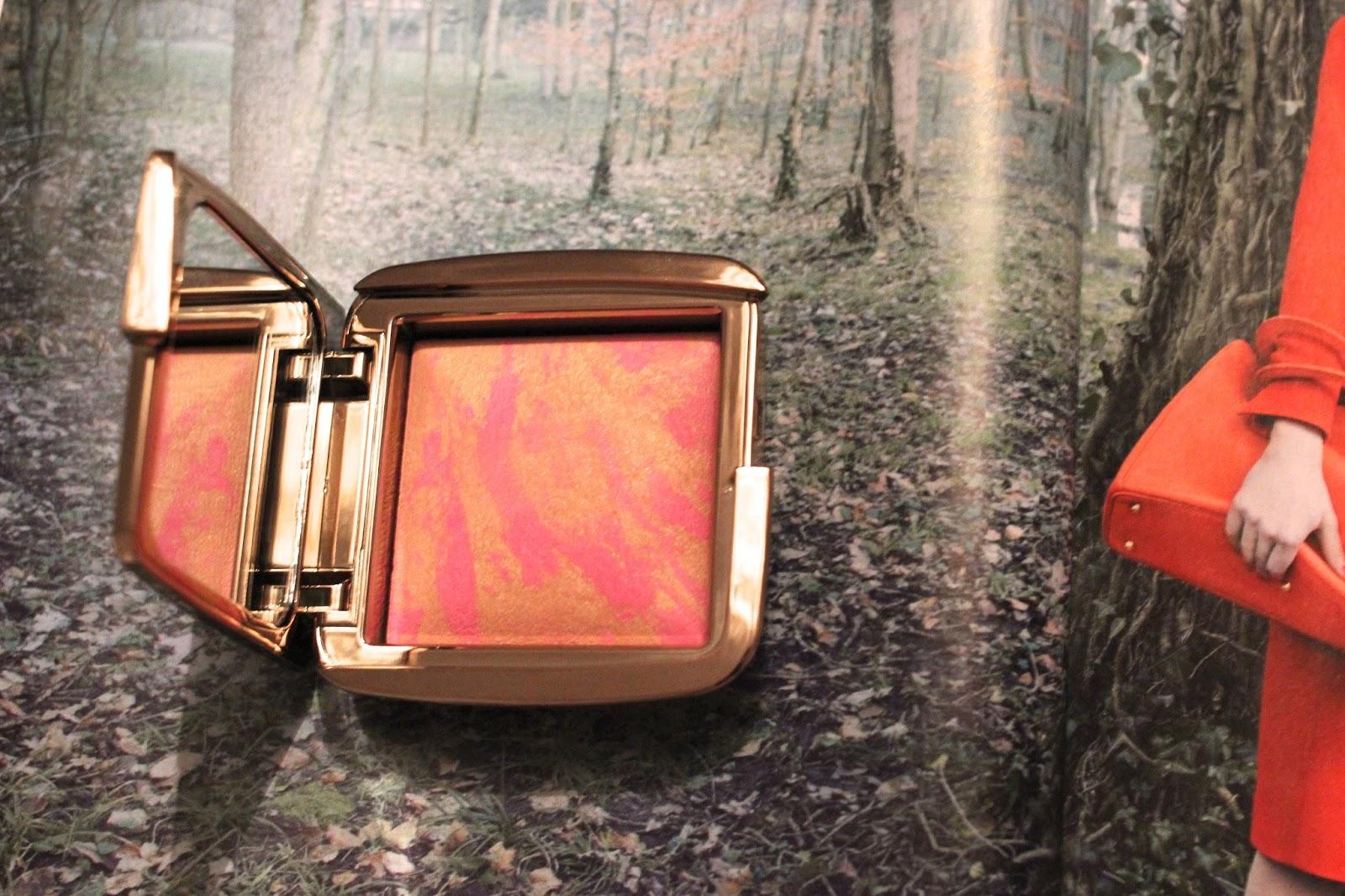 hourglass-ambient-lighting-blush-radiant-magenta