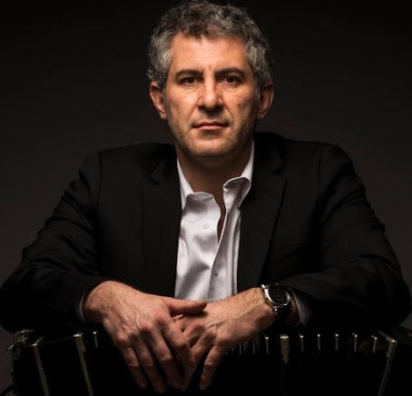 * Pablo Mainetti: Joven y virtuoso bandoneonista Argentino