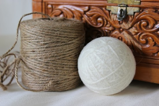 1 Set of 4 Natural Wool Dryer Balls {Cream Color} - Giveaway from www.simpleispretty.com