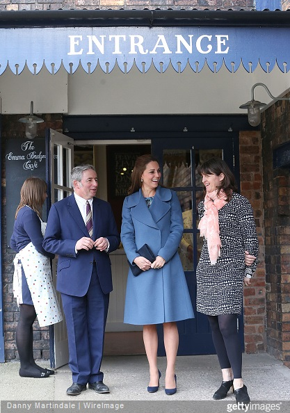Kate Middleton visits Emma Bridgewater factory