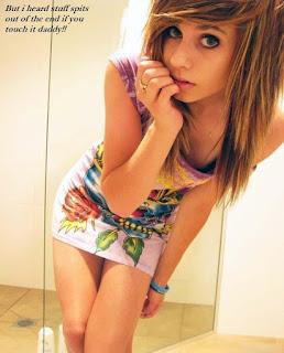 Twerking blondes - sexygirl-grow11-784841.jpg
