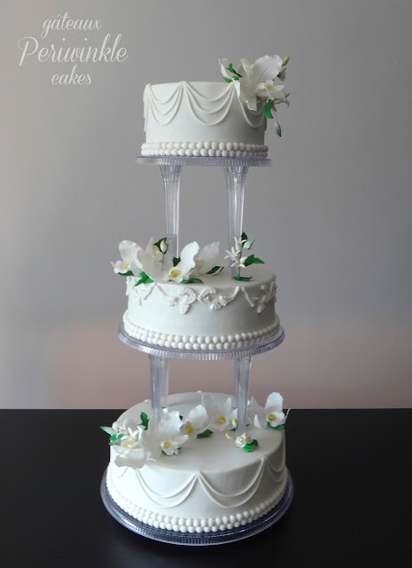 Periwinkle Cakes Traditional Wedding Cake