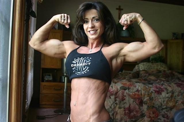 Karen Zaremba - Fitness Model