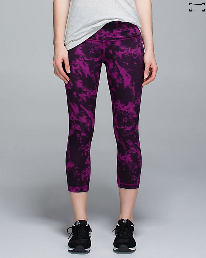 http://www.anrdoezrs.net/links/7680158/type/dlg/http://shop.lululemon.com/products/clothes-accessories/crops-yoga/Wunder-Under-Crop-II-Roll-Down?cc=17483&skuId=3600824&catId=crops-yoga