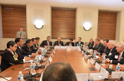 Jokowi Round Table Discussion