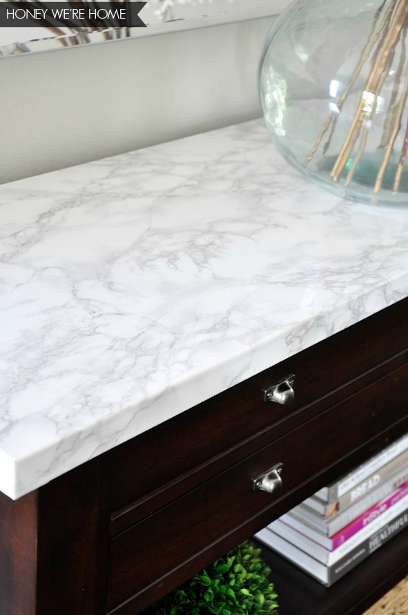 honey we 39 re home faux marble console makeover. Black Bedroom Furniture Sets. Home Design Ideas