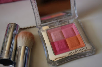 JillStuart_Mix_Blusher at http://blog.naver.com/minaduki/40197811871