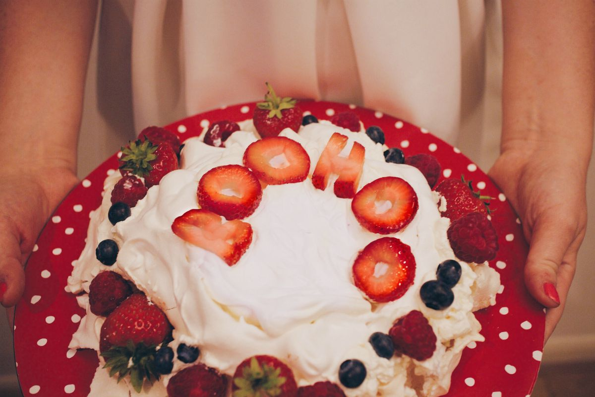 pavlova recipe boohoo bake off