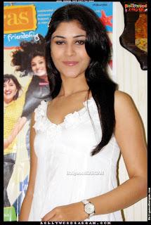Anchal Sabharwal Picture Shoot Film Aamras BollywoodSargam  172180.jpg
