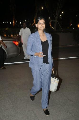 Sonam Kapoor Snapped Leaving For Cannes Film Festival
