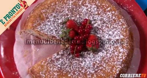 Torta Banane e Fragole di Nina di Benedetta Parodi