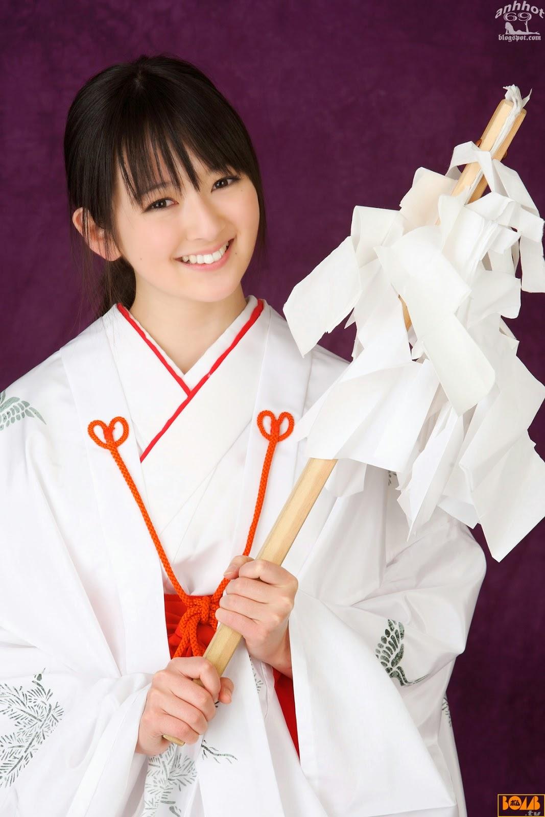 saki-takayama-01316305