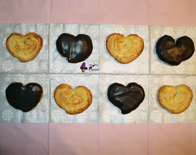 chocolate, chocolate y crema de yema, hojaldre, palmeras con crema de yema y chocolate, palmeras de chocolate, palmeras de hojaldre,